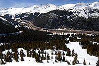 /images/133/2007-04-28-love-i70-view02.jpg - #03809: view of I-70 west and Eisenhower Tunnel - view down from Loveland Pass … April 2007 -- Loveland Pass, Colorado
