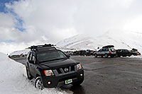 /images/133/2007-05-05-love-park-x01.jpg - #03824: parking lot of Loveland Pass … May 2007 -- Loveland Pass, Colorado