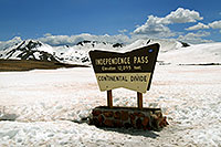 /images/133/2007-05-28-indep-sign.jpg - #03866: sign of Independence Pass with Independence Mountain at 12,703 ft … May 2007 -- Independence Mountain, Independence Pass, Colorado
