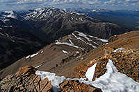 /images/133/2007-06-10-elbert-top01.jpg - #03966: view of Mt Massive from near summit of Mt Elbert  … June 2007 -- Mt Elbert, Colorado
