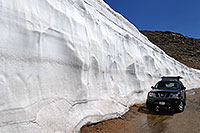 /images/133/2007-06-17-evans-bank-xte01.jpg - #03972: 20ft snowbanks at 11,500ft on a road up Mt Evans … June 2007 -- Mount Evans Road, Mt Evans, Colorado