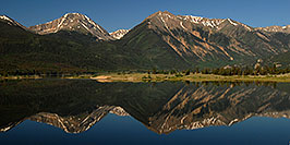 /images/133/2007-06-24-twin-reflect01-pano.jpg - #04098: images of Twin Lakes … June 2007 -- Twin Lakes, Colorado