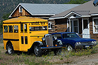 /images/133/2007-06-25-princ-buena-obus.jpg - #04106: Old School Bus in Buena Vista … June 2007 -- Buena Vista, Colorado