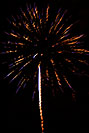 /images/133/2007-07-04-lone-frwk-vert03-v.jpg - #04139: Independence Day Fireworks - 4th of July in Lone Tree … July 2007 -- Sweetwater Park, Lone Tree, Colorado