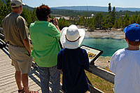 /images/133/2007-07-21-y-kepler-emer01.jpg - #04306: Family looking at Emerald Spring in Kepler Cascades … July 2007 -- Kepler Cascades, Yellowstone, Wyoming