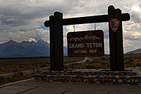 /images/133/2007-07-23-tetons-sign2.jpg - #04365: Grand Teton National Park sign from Jackson side  … July 2007 -- Tetons, Wyoming