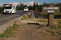 /images/133/2007-07-28-y-fish-bridge01.jpg - #04487: Motorhomes on Fishing Bridge, over Yellowstone River … July 2007 -- Fishing Bridge, Yellowstone, Wyoming
