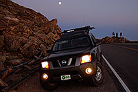 /images/133/2007-08-25-m-xterra-9183.jpg - #04574: Xterra at sunset … August 2007 -- Rock Cut, Rocky Mountain National Park, Colorado