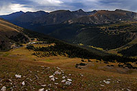 /images/133/2007-09-03-rm-gore-0956.jpg - #04669: View from Gore Range Lookout (12,020 ft), along Trail Ridge Road … Sept 2007 -- Gore Range, Rocky Mountain National Park, Colorado