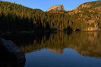 /images/133/2007-09-12-rm-bear-3054.jpg - #04704: Bear Lake (elev 9,475 ft) in the morning … Sept 2007 -- Bear Lake, Rocky Mountain National Park, Colorado