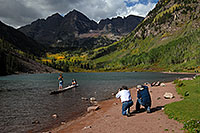 /images/133/2007-09-15-mar-ppl-3409.jpg - #04720: People at Maroon Bells … Sept 2007 -- Maroon Lake, Maroon Bells, Colorado
