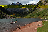 /images/133/2007-09-15-mar-ppl-3417.jpg - #04721: People at Maroon Bells … Sept 2007 -- Maroon Lake, Maroon Bells, Colorado
