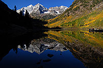 /images/133/2007-09-25-mar-lake-4234.jpg - #04706: Maroon Bells in the morning … Sept 2007 -- Maroon Lake, Maroon Bells, Colorado
