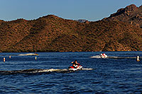 /images/133/2007-10-07-sag-lake-5421.jpg - #04734: Boats and Jetskis at Saguaro Lake … Oct 2007 -- Saguaro Lake, Arizona