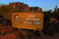 /images/133/2008-04-26-sup-dutch-5289.jpg - 05316: Lost Dutchman Sate Park in Superstitions … April 2008 -- Lost Dutchman State Park, Superstitions, Arizona
