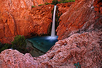 /images/133/2008-05-17-hav-mooney-7813-.jpg - #05411: Mooney Falls - 210 ft drop (64 meters) … May 2008 -- Mooney Falls, Havasu Falls, Arizona