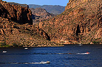 /images/133/2008-05-26-sup-boats-9800.jpg - #05409: People boating at Canyon Lake … May 2008 -- Canyon Lake, Superstitions, Arizona