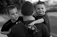 /images/133/2008-06-18-tom-all3-bw-6157.jpg - #05522: Matt and his boys … June 2008 -- Gilbert, Arizona
