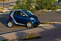 /images/133/2008-11-13-tempe-smart-car-46445.jpg - #06038: Smart Car at Tempe Town Lake … November 2008 -- Tempe Town Lake, Tempe, Arizona