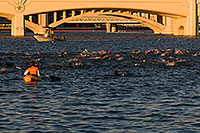 /images/133/2008-11-15-tempe-splash-47380.jpg - #06070: 1 minute into the race - Splash and Dash Fall #6, November 15 2008 at Tempe Town Lake … November 2008 -- Tempe Town Lake, Tempe, Arizona