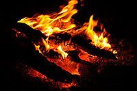 /images/133/2008-11-21-saguaro-campfire-51424.jpg - #06201: Campfire near Saguaro Lake … November 2008 -- Saguaro Lake, Arizona