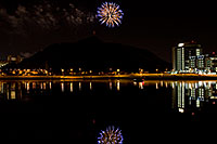 /images/133/2008-11-29-tempe-fireworks-57843.jpg - #06313: APS Fantasy of Lights opening night fireworks over Tempe Town Lake … November 2008 -- Tempe Town Lake, Tempe, Arizona