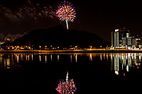 /images/133/2008-11-29-tempe-fireworks-57866.jpg - #06264: APS Fantasy of Lights opening night fireworks over Tempe Town Lake … November 2008 -- Tempe Town Lake, Tempe, Arizona