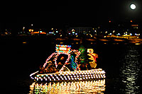 /images/133/2008-12-13-tempe-lights-boats-63296.jpg - #06489: Boat #24 - APS Fantasy of Lights Boat Parade … December 2008 -- Tempe Town Lake, Tempe, Arizona