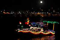 /images/133/2008-12-13-tempe-lights-boats-63357m.jpg - #06493: Boat #32 - APS Fantasy of Lights Boat Parade … December 2008 -- Tempe Town Lake, Tempe, Arizona