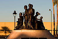 /images/133/2008-12-21-mesa-pioneer-65544.jpg - #06562: Morning at Main St in Mesa … December 2008 -- Pioneer Park, Mesa, Arizona