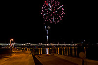 /images/133/2009-01-01-tempe-fireworks-70732.jpg - #06787: New Year`s Fireworks at Tempe Town Lake … January 2009 -- Tempe Town Lake, Tempe, Arizona