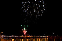 /images/133/2009-01-01-tempe-fireworks-70889.jpg - #06789: New Year`s Fireworks at Tempe Town Lake … January 2009 -- Tempe Town Lake, Tempe, Arizona