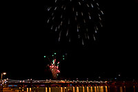/images/133/2009-01-01-tempe-fireworks-70891.jpg - #06790: New Year`s Fireworks at Tempe Town Lake … January 2009 -- Tempe Town Lake, Tempe, Arizona