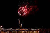 /images/133/2009-01-01-tempe-fireworks-71002.jpg - #06764: New Year`s Fireworks at Tempe Town Lake … January 2009 -- Tempe Town Lake, Tempe, Arizona