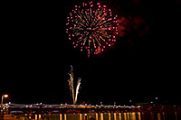 /images/133/2009-01-01-tempe-fireworks-71016.jpg - #06765: New Year`s Fireworks at Tempe Town Lake … January 2009 -- Tempe Town Lake, Tempe, Arizona