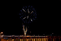 /images/133/2009-01-01-tempe-fireworks-71046.jpg - #06801: New Year`s Fireworks at Tempe Town Lake … January 2009 -- Tempe Town Lake, Tempe, Arizona