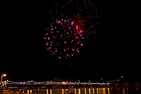 /images/133/2009-01-01-tempe-fireworks-71144.jpg - #06772: New Year`s Fireworks at Tempe Town Lake … January 2009 -- Tempe Town Lake, Tempe, Arizona