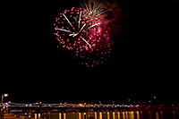 /images/133/2009-01-01-tempe-fireworks-71219.jpg - #06774: New Year`s Fireworks at Tempe Town Lake … January 2009 -- Tempe Town Lake, Tempe, Arizona