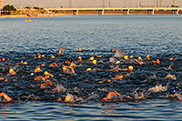 /images/133/2009-09-24-tempe-splash-swim-113006.jpg - #07462: 00:01:10 into the race - Splash and Dash Fall #1, Sept 24, 2009 at Tempe Town Lake … September 2009 -- Tempe Town Lake, Tempe, Arizona
