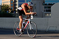 /images/133/2009-09-27-nathan-tri-cycle-114180.jpg - #07471: 01:37:48 - #1414 cycling at Nathan Triathlon … September 2009 -- Tempe Town Lake, Tempe, Arizona