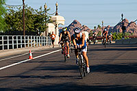 /images/133/2009-09-27-nathan-tri-cycle-114264.jpg - #07481: 01:49:16 - Cyclists at Nathan Triathlon … September 2009 -- Tempe Town Lake, Tempe, Arizona