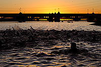 /images/133/2009-10-08-tempe-splash-swim-114701.jpg - #07521: 00:00:05 at start of the race - Splash and Dash Fall #2, Oct 8, 2009 at Tempe Town Lake … October 2009 -- Tempe Town Lake, Tempe, Arizona