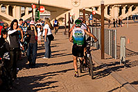 /images/133/2009-10-11-pbr-off-tri-bike-115378.jpg - #07547: 00:17:31 start of bike section - PBR Offroad Triathlon, Oct 11, 2009 at Tempe Town Lake … October 2009 -- Tempe Town Lake, Tempe, Arizona