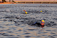 /images/133/2009-10-22-tempe-splash-swim-117619.jpg - #07614: 00:08:56 into the race - Splash and Dash Fall #3, Oct 22, 2009 at Tempe Town Lake … October 2009 -- Tempe Town Lake, Tempe, Arizona