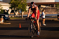 /images/133/2009-10-25-soma-bike-118250.jpg - #07619: 01:00:36 #444 starting 56 mile cycling stage at Soma Triathlon … October 25, 2009 -- Rio Salado Parkway, Tempe, Arizona