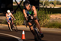 /images/133/2009-10-25-soma-bike-118333.jpg - #07632: 01:07:04 #346 cycling at Soma Triathlon … October 25, 2009 -- Rio Salado Parkway, Tempe, Arizona