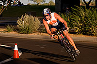 /images/133/2009-10-25-soma-bike-118354.jpg - #07634: 01:08:03 #406 cycling at Soma Triathlon … October 25, 2009 -- Rio Salado Parkway, Tempe, Arizona