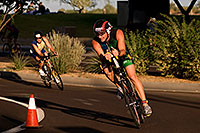 /images/133/2009-10-25-soma-bike-118360.jpg - #07635: 01:08:14 #568 cycling at Soma Triathlon … October 25, 2009 -- Rio Salado Parkway, Tempe, Arizona