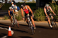 /images/133/2009-10-25-soma-bike-118378.jpg - #07637: 01:08:59 #138 cycling at Soma Triathlon … October 25, 2009 -- Rio Salado Parkway, Tempe, Arizona