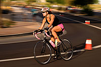 /images/133/2009-10-25-soma-bike-118612b.jpg - #07653: 01:30:02 cycling at Soma Triathlon … October 25, 2009 -- Rio Salado Parkway, Tempe, Arizona